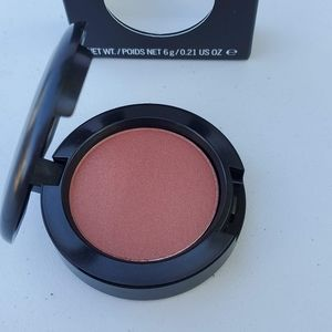 Mac sheertone shimmer blush. AMBERING ROSE